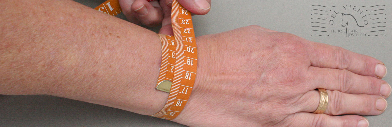 measuring your writs for a bracelet